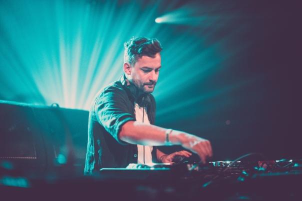 Bonobo_DJ_Amsterdam2015_Credit_DanMedhurst